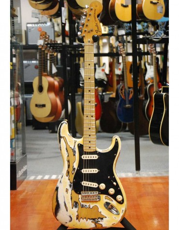 Fender American Standard Stratocaster '72 MN (W / Case)
